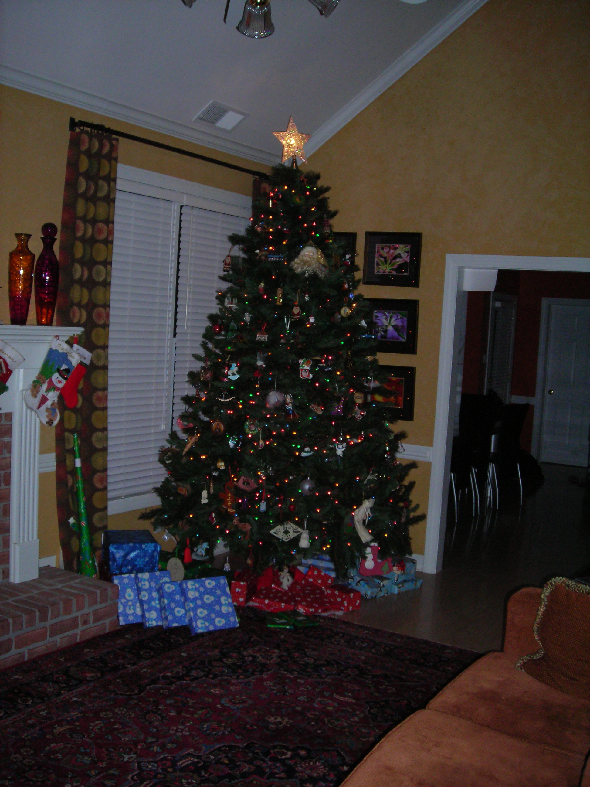 What day to take christmas decor down - So For Most Of The Time The Christmas Tree Was Up In Our Home Either Before Or After Christmas It Wasn T Filled With Presents Except For Christmas Day